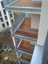 referenzen holzterrasse holzterrassen dachterrasse balkon terrassendielen. Black Bedroom Furniture Sets. Home Design Ideas